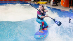Stand Up Paddling auf THE WAVE - Foto: © Messe Düsseldorf / C. Tillmann
