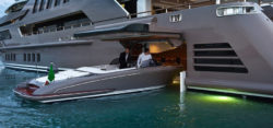Tendergarage Superyacht J'Ade - Foto: © CRN