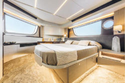 Absolute 47 Fly - elegant komfortable Kabinen - Foto: © Absolute Yachts