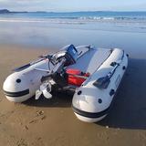 Takacat Schlauchboot mit Permatrim Hydrofoil