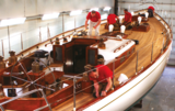 team hutting yachts refit