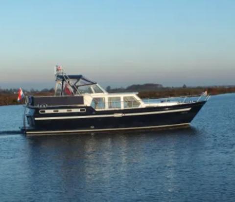 Jantina – Yachtcharter de Waterpoort