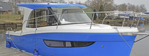 janmoor 700 motorboot taeser