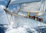 Segel-Yacht-Reisen