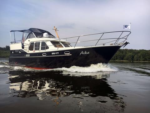 Motoryacht Aika
