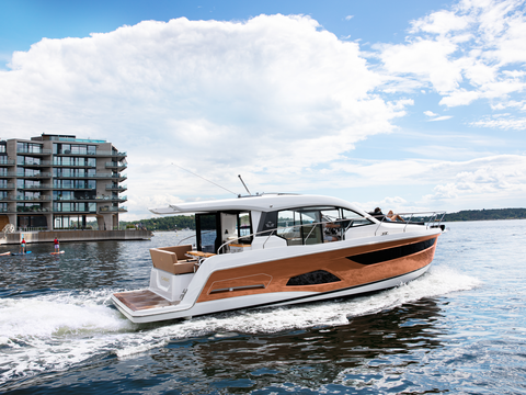 Sealine C390 Exterior 27 location oslo 003