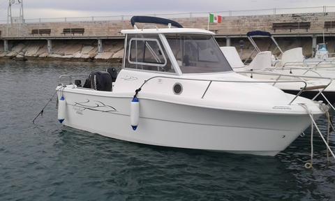 Aqua Fisher 550